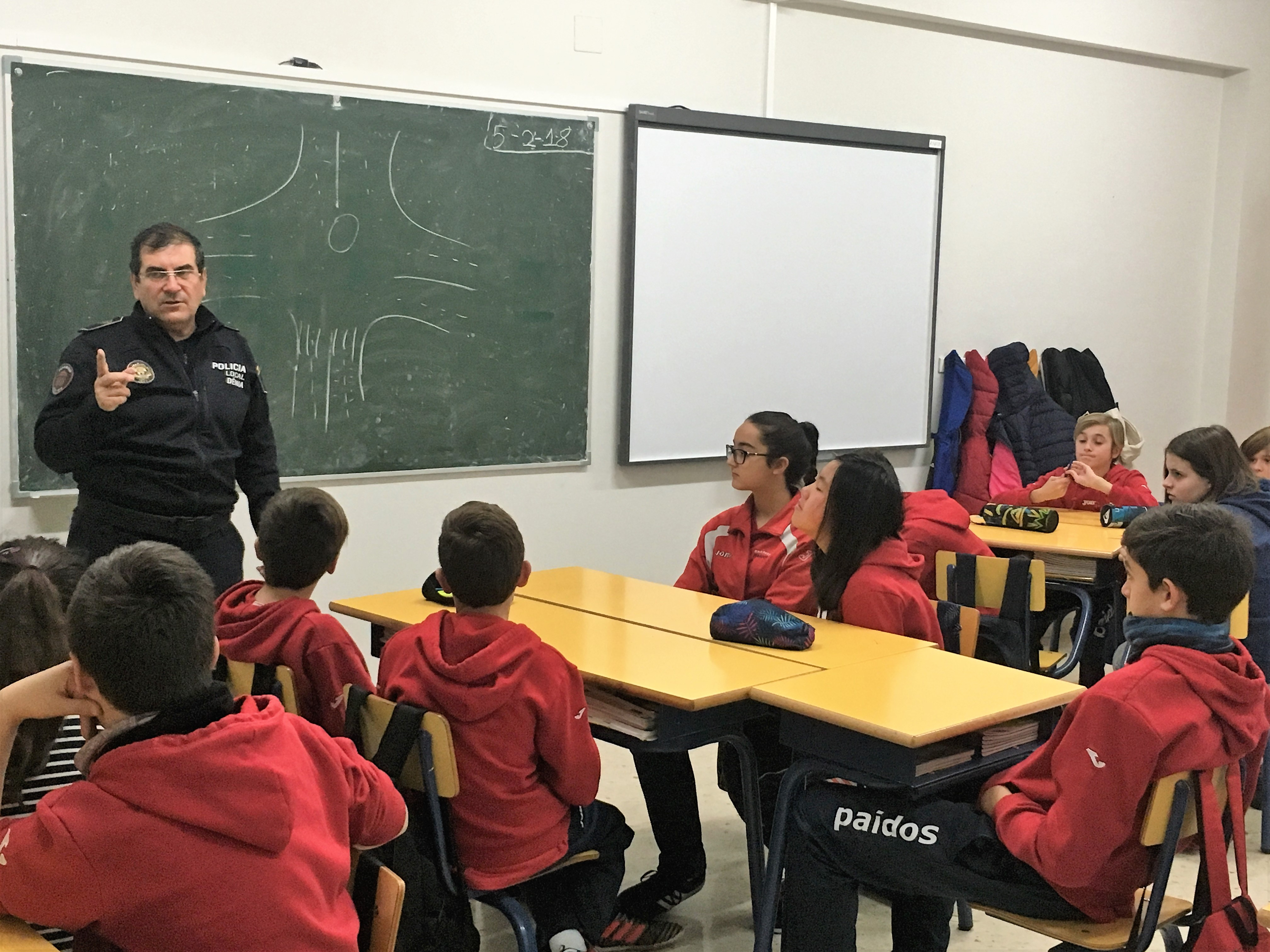 Curso Educación Vial en colegio Paidos en Denia