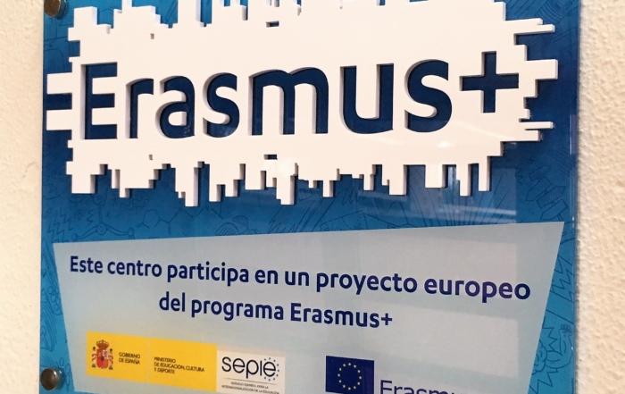 Logo Erasmus Plus completo