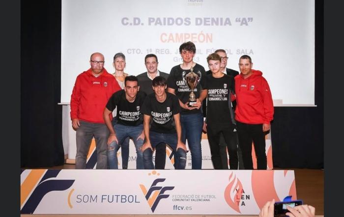 CD Paidos juvenil futbol sala recogida Copa de Campeones